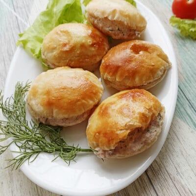 Сытная закуска с консервированным тунцом - рецепт с фото
