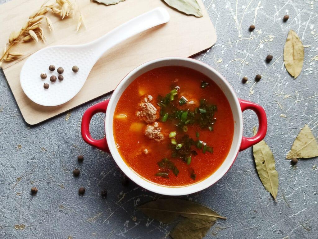 Фото рецепта - Суп с фрикадельками в мультиварке - шаг 11