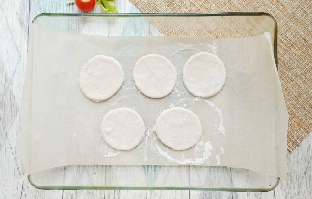Фото рецепта - Сытная закуска с консервированным тунцом - шаг 2