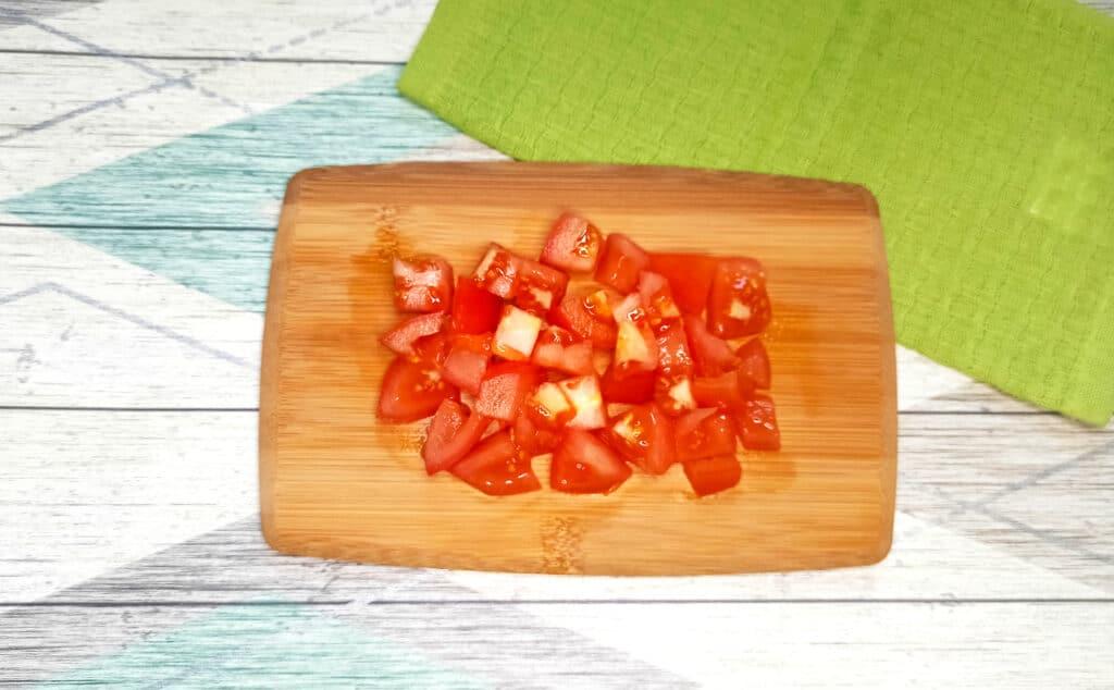 Фото рецепта - Чахохбили из куриных крылышек на сковороде - шаг 2