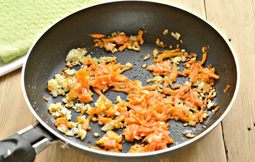 Фото рецепта - Быстрый суп с фрикадельками и макаронами - шаг 3