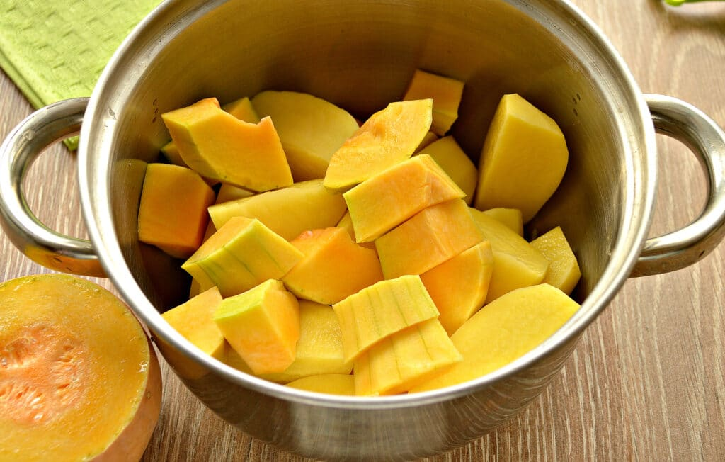 Фото рецепта - Картофельное пюре с тыквой - шаг 3