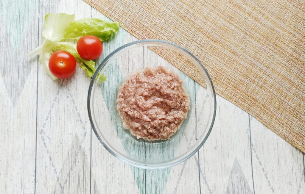 Фото рецепта - Сытная закуска с консервированным тунцом - шаг 3