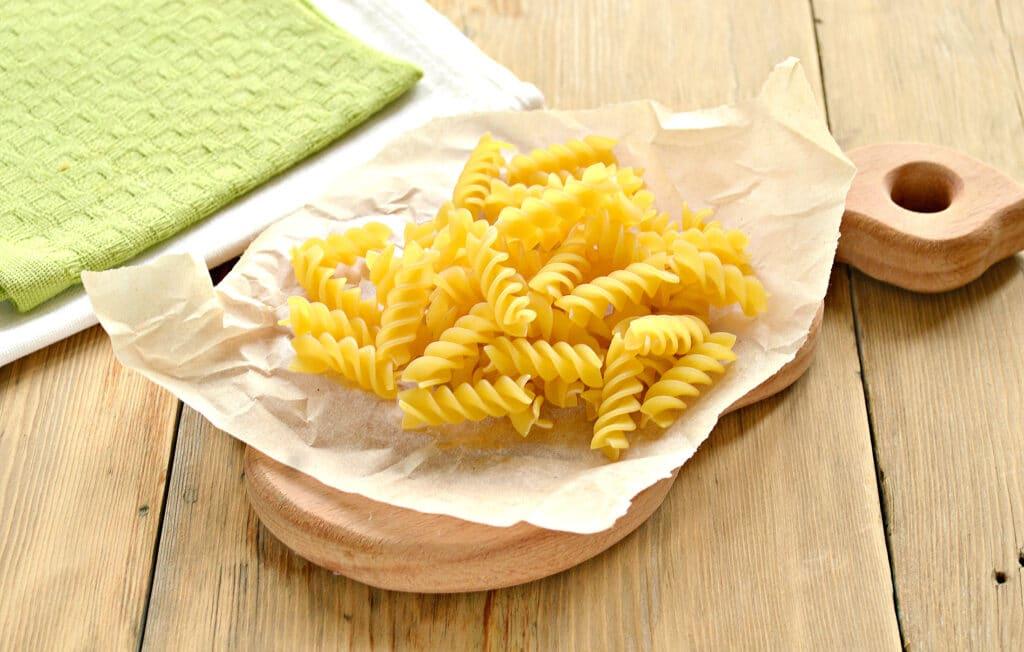Фото рецепта - Быстрый суп с фрикадельками и макаронами - шаг 5