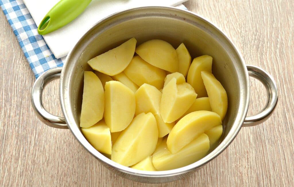 Фото рецепта - Картофельное пюре на мясном бульоне - шаг 5