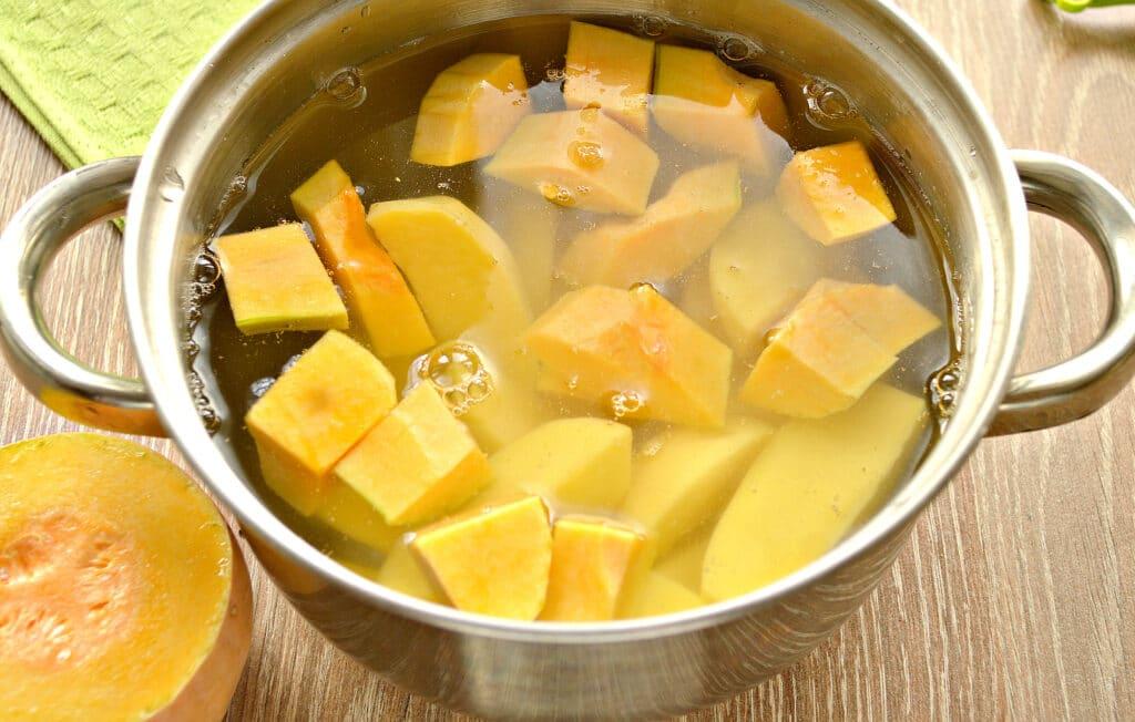 Фото рецепта - Картофельное пюре с тыквой - шаг 5