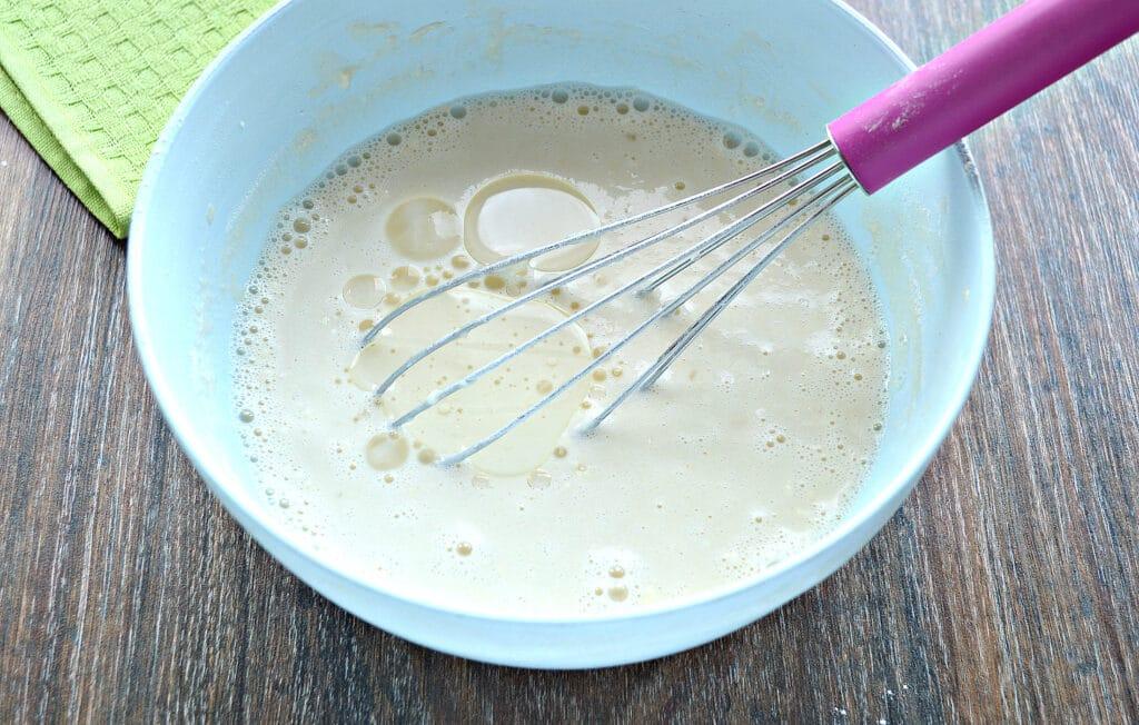 Фото рецепта - Блины на молоке и соде - шаг 5