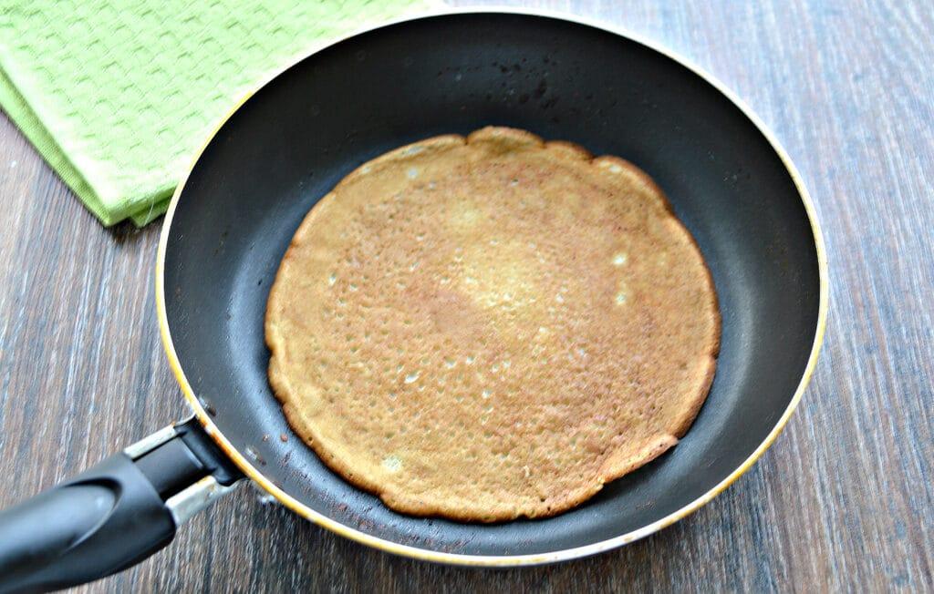 Фото рецепта - Блины на молоке и соде - шаг 6