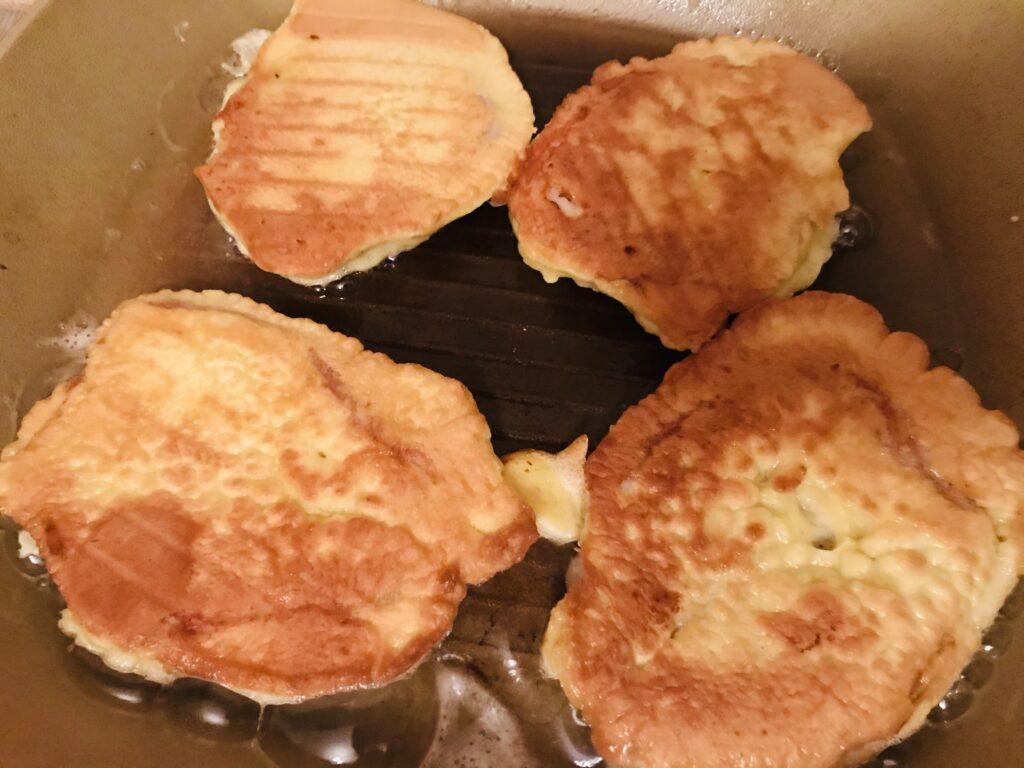 Фото рецепта - Отбивные из свинины в нежном кляре - шаг 7
