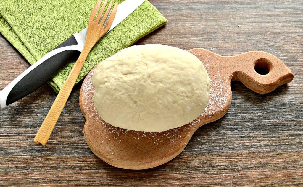 Фото рецепта - Тесто для вареников на молоке (с уксусом) - шаг 7