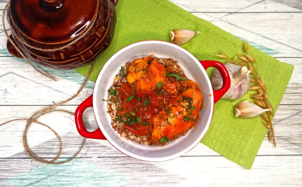 Фото рецепта - Чахохбили из куриных крылышек на сковороде - шаг 7