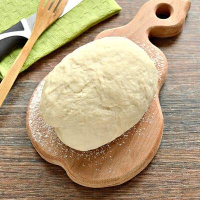 Тесто для вареников на молоке (с уксусом) - рецепт с фото