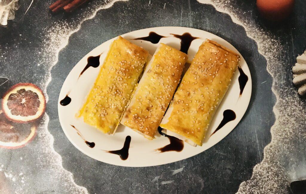 Фото рецепта - Мини-рулеты из лаваша и курицы - шаг 7