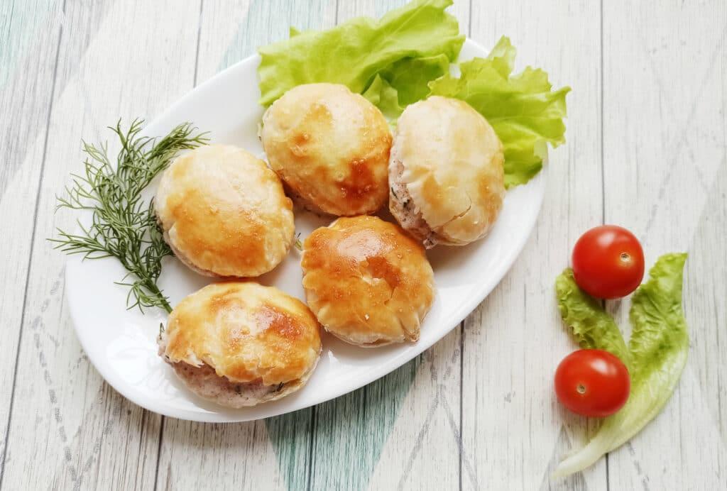 Фото рецепта - Сытная закуска с консервированным тунцом - шаг 8