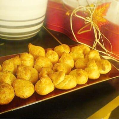 Заварные гужеры – булочки с сыром - рецепт с фото