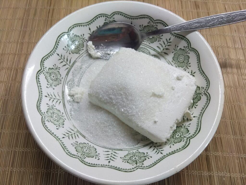 Фото рецепта - Шоколадное печенье с творожным кремом - шаг 6