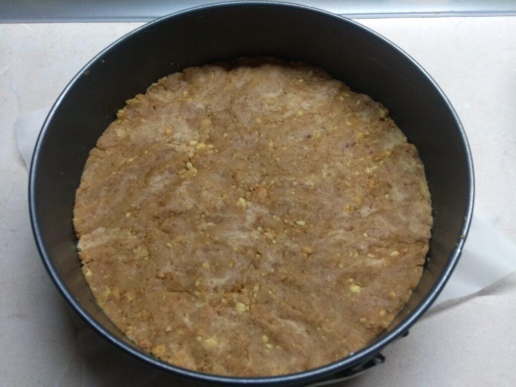 Фото рецепта - Шоколадный чизкейк с паутинкой (без выпечки) - шаг 2