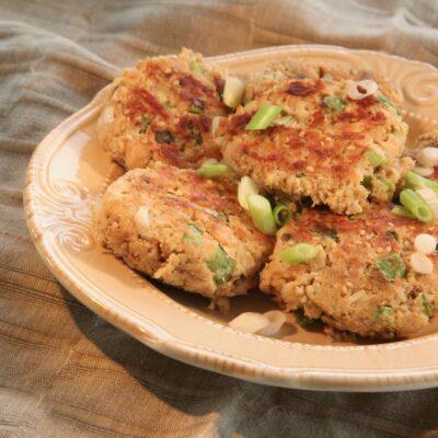 Азиатские котлеты из лосося - рецепт с фото