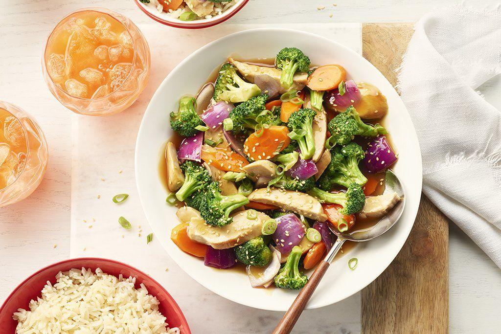 Курица тушеная с медом и овощами