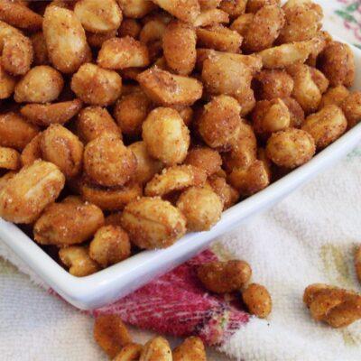 Жареный арахис в меде (в духовке) - рецепт с фото