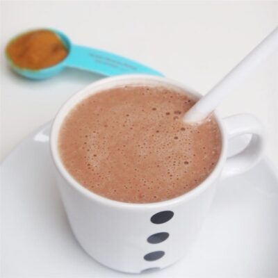 Шоколадно-банановый протеиновый коктейль с арахисовым маслом - рецепт с фото