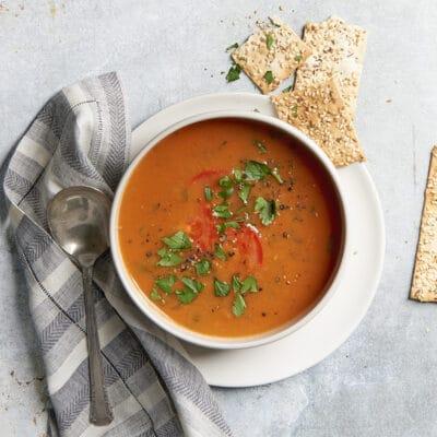 Томатный суп из запеченных овощей - рецепт с фото