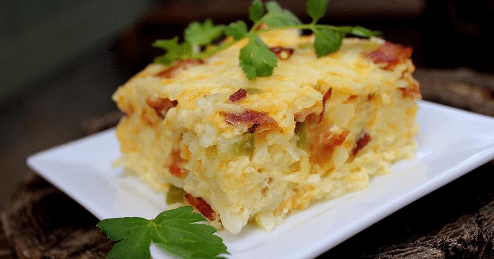 Яичная запеканка с картофелем на завтрак