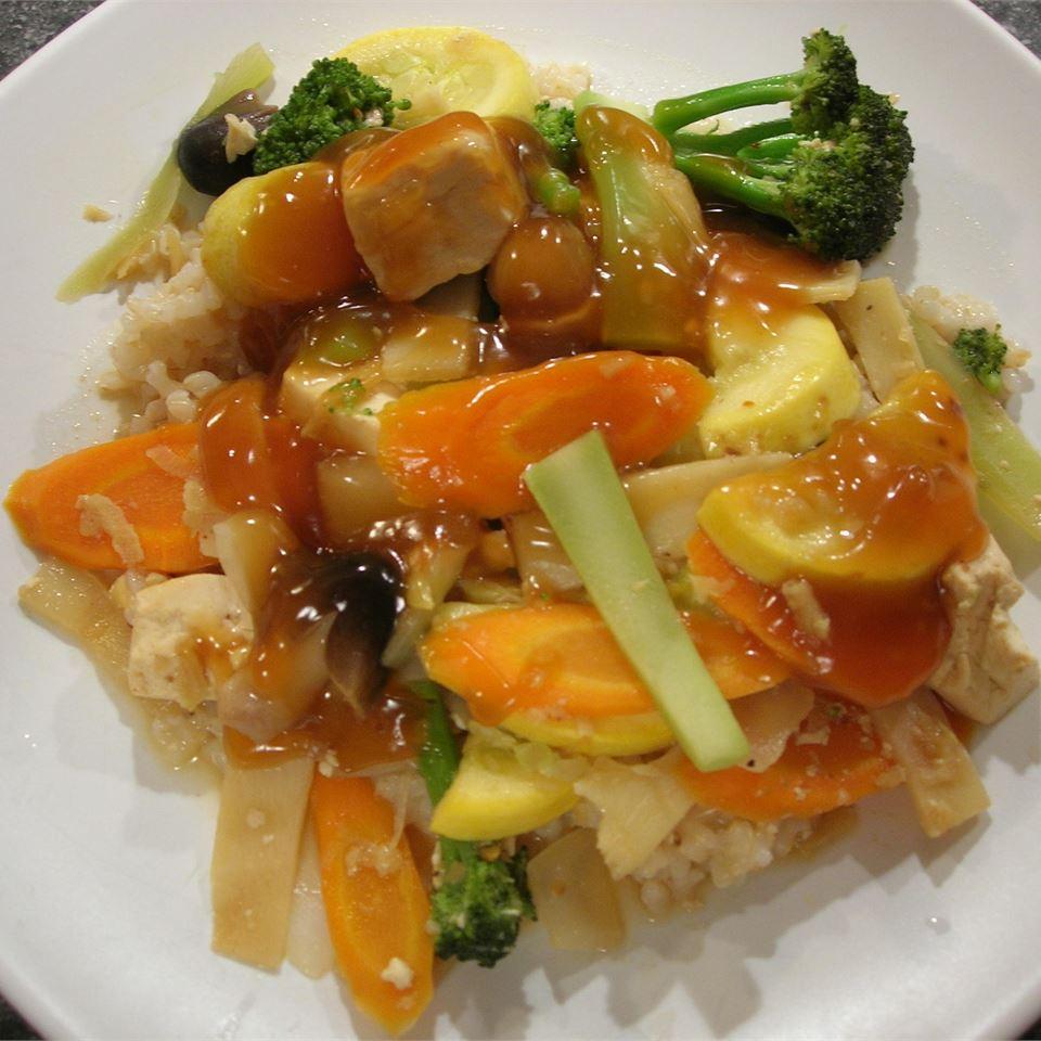 Жаркое из овощей и тофу