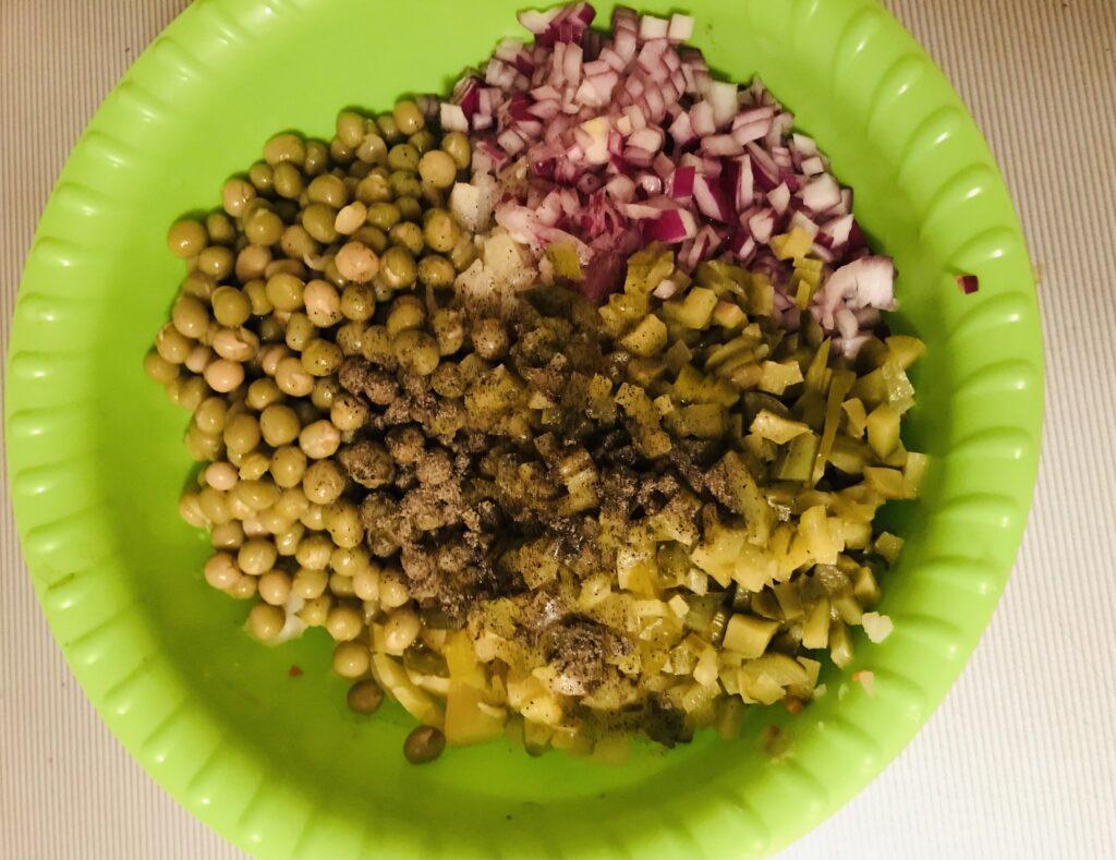 Фото рецепта - Винегрет с зеленым горошком - шаг 5