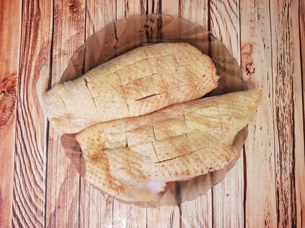 Фото рецепта - Утиная грудка в кисло-сладком соусе - шаг 1