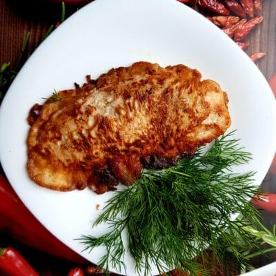 Куриная грудка в нежном кляре - рецепт с фото