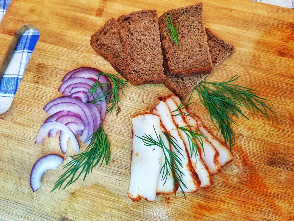 Фото рецепта - Сало с паприкой, засоленное сухим способом - шаг 8