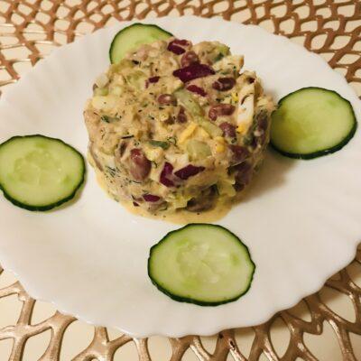 Салат из тунца с красной фасолью - рецепт с фото