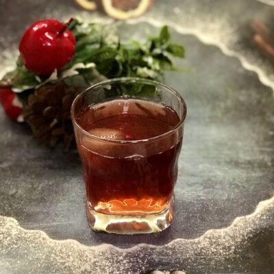 Компот из замороженной клубники и ягод - рецепт с фото