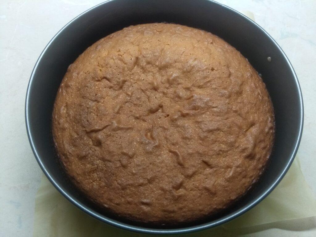Фото рецепта - Простой рецепт пирога на сливочном масле - шаг 7