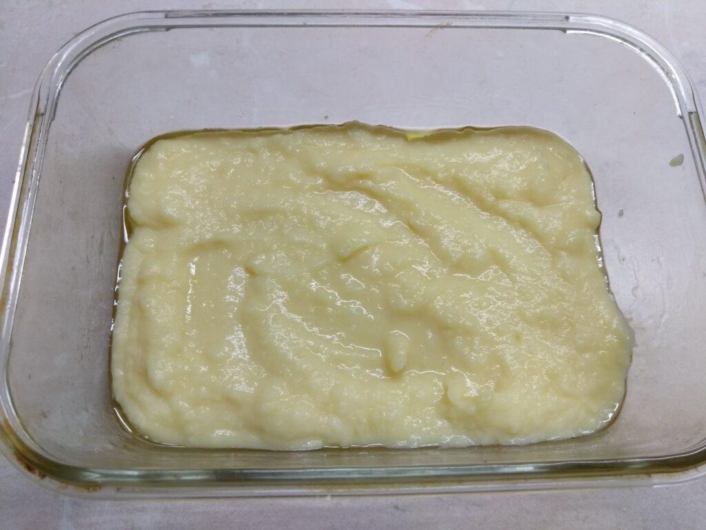 Фото рецепта - Картофельная запеканка с докторской колбасой и сыром - шаг 1
