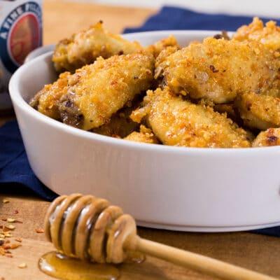 Крылышки с медовым окунанием в духовке - рецепт с фото