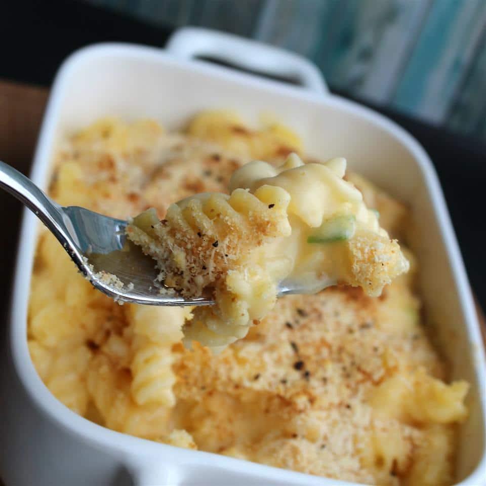 Макароны в молочно-сырном сладком соусе