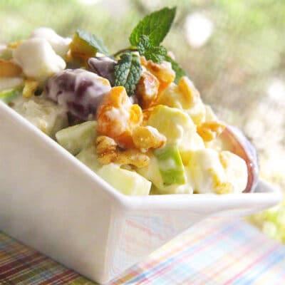 Фруктовый салат с лимонным йогуртом - рецепт с фото