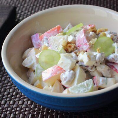 Вальдорфский салат с фруктами - рецепт с фото
