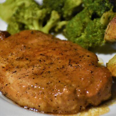 Стейк свинины запеченный - рецепт с фото