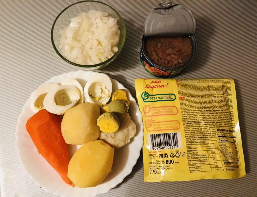 Фото рецепта - Салат «Мимоза» с тунцом - шаг 1