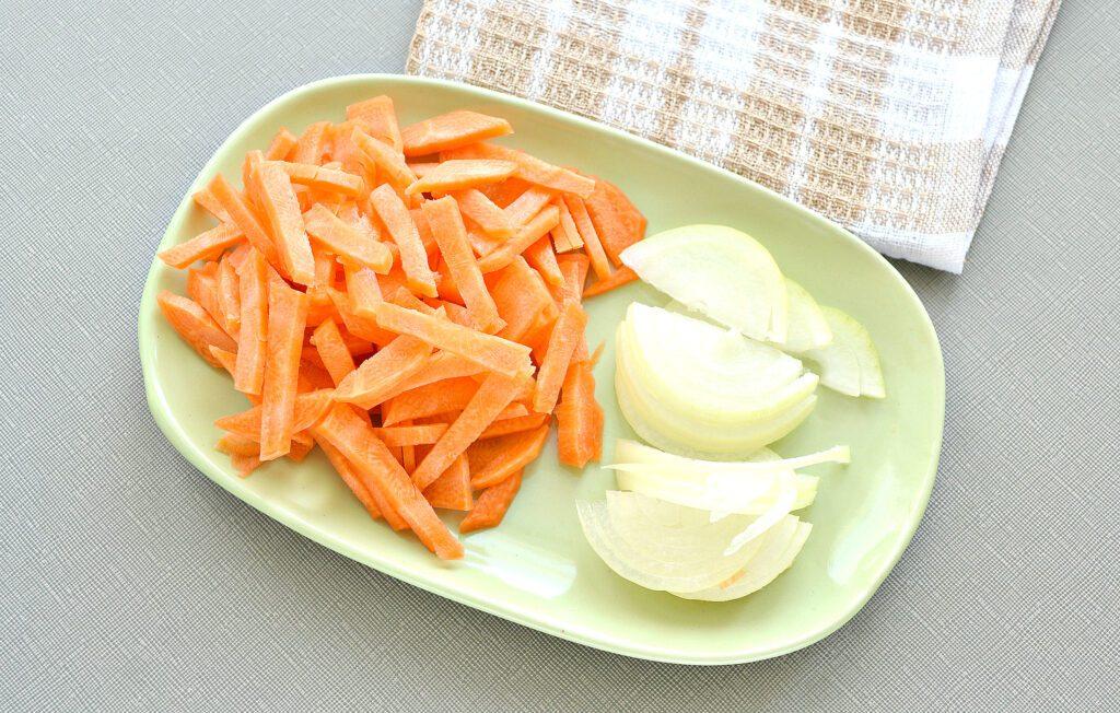 Фото рецепта - Курица кусочками, запеченная с картофелем в мультиварке - шаг 2