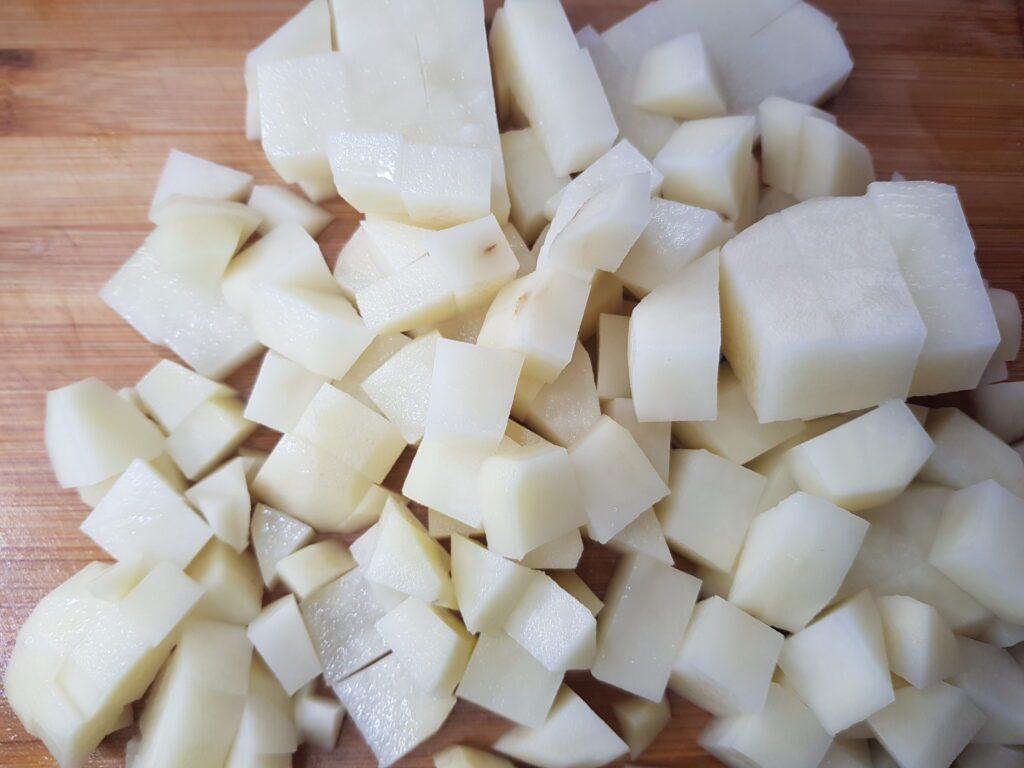 Фото рецепта - Рассольник с маринованными огурцами и рисом - шаг 4