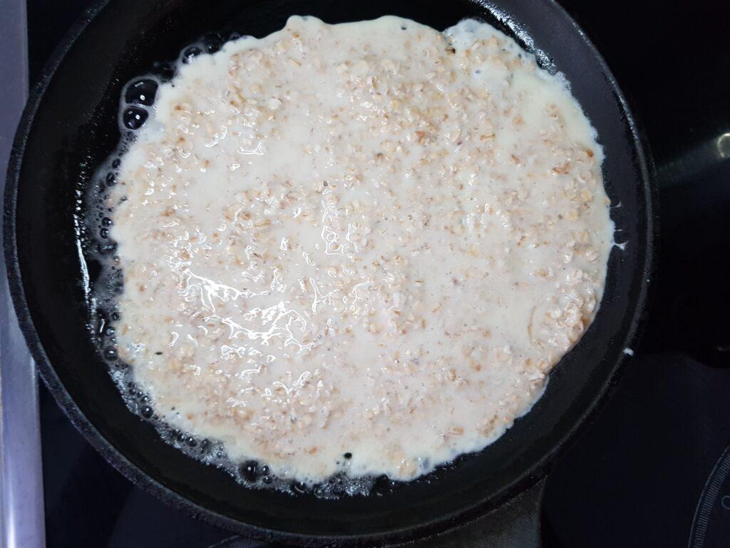 Фото рецепта - Овсяноблин с индейкой и овощами - шаг 2