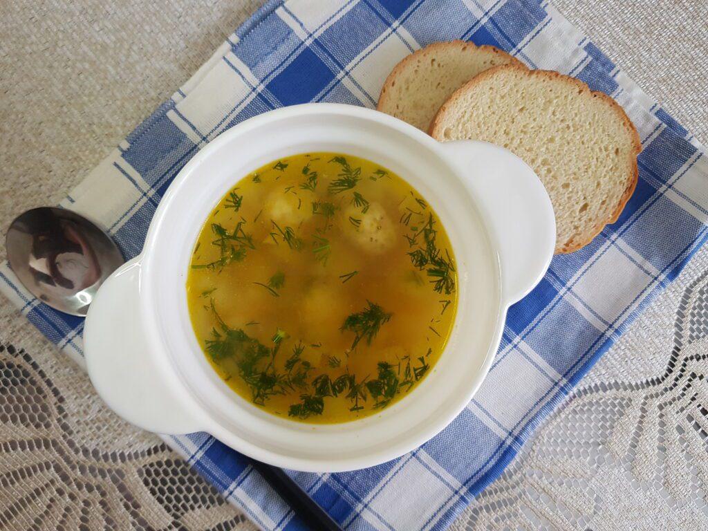 Фото рецепта - Картофельный суп с куриными фрикадельками - шаг 8