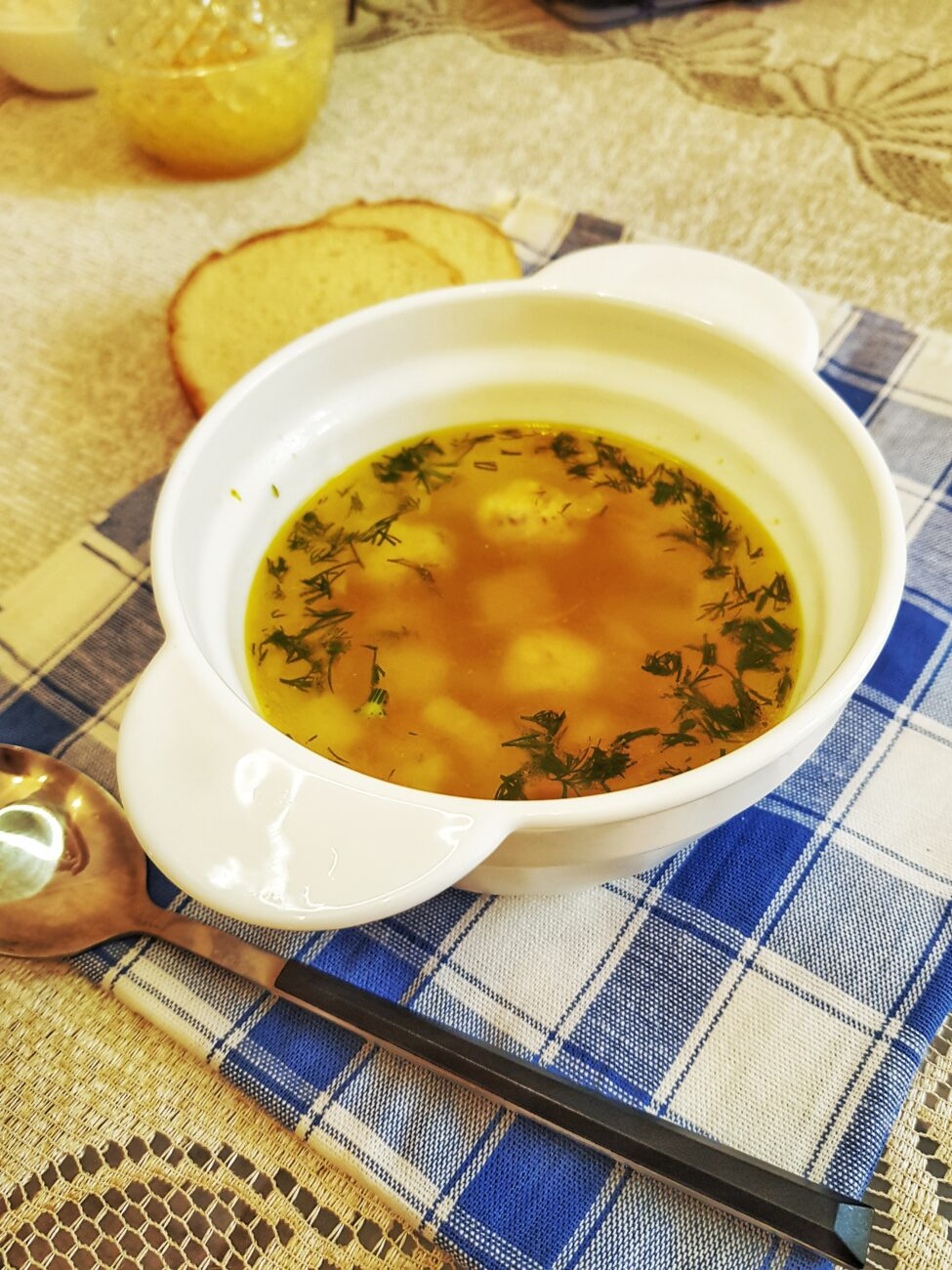 Картофельный суп с куриными фрикадельками