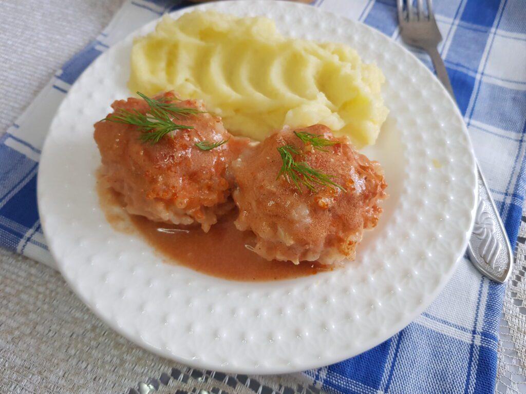 Фото рецепта - Нежные тефтели из куриного филе в духовке - шаг 6