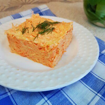 Салат из моркови и тёртого сыра - рецепт с фото