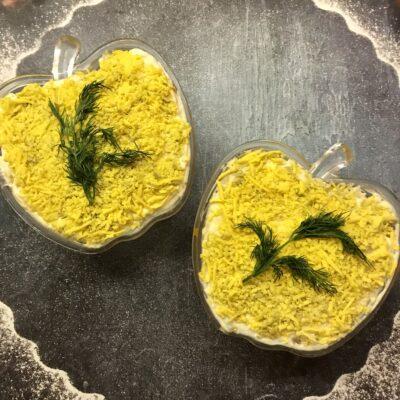 Салат «Мимоза» с тунцом - рецепт с фото